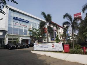 Sales isuzu Tangerang