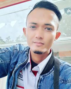 Sales mitsubishi Bandung