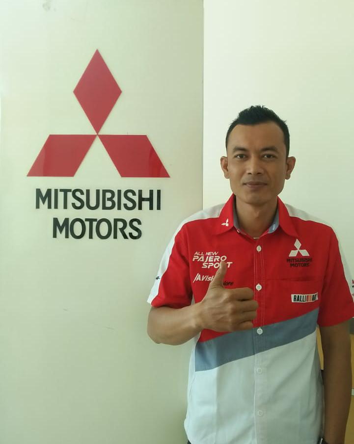 Sales Mobil Sales Mitsubishi Padang