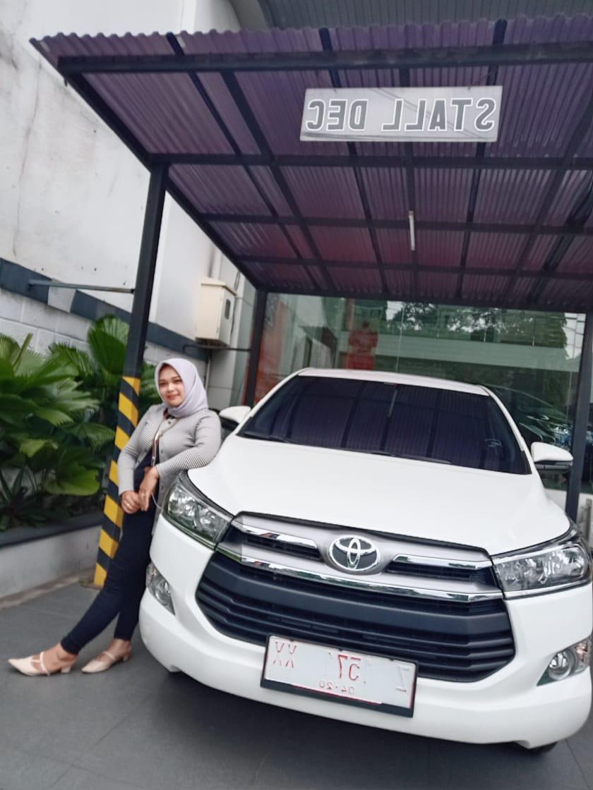 Sales Mobil  Toyota Garut