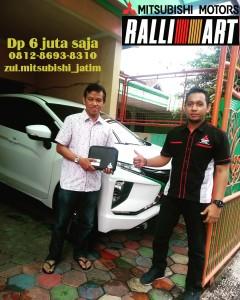 FOTO SERAH TERIMA UNIT Sales Mitsubishi Mojokerto